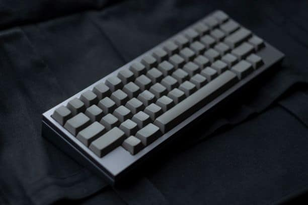 4 Reasons to Use Blank Keycaps on a Keyboard Pros & Cons