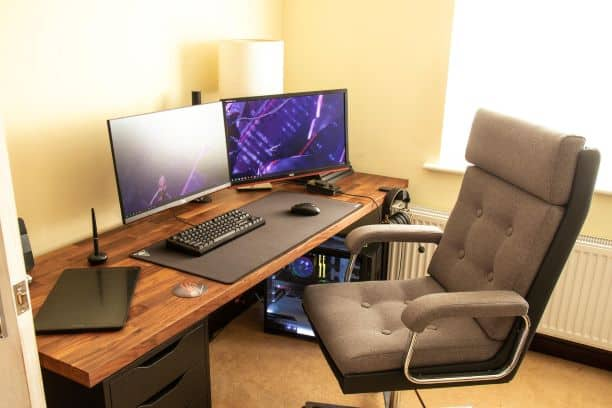 PU Leather vs. Fabric Leather Gaming Chair – Which is Better