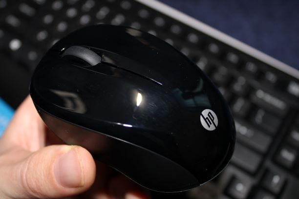 HP Wireless Keyboard and Mouse 300 Decent Clicks of the Mouse