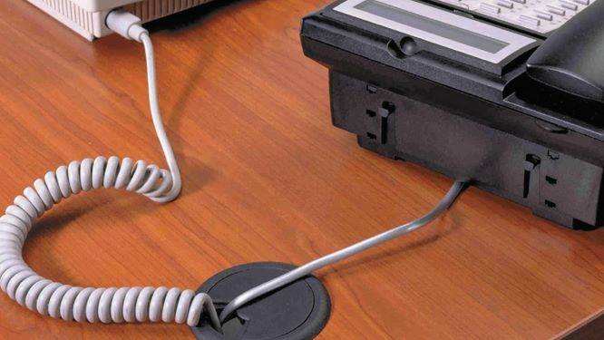 Hide Keyboard and Mouse Cables with hole in desk